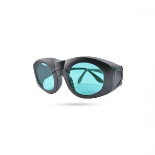 عینک-پزشک-دایود